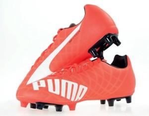 Akcesoria i odzież piłkarska, buty, ochraniacze Strona: 4